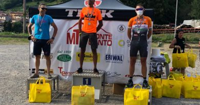 Alessio Curnis sul podio