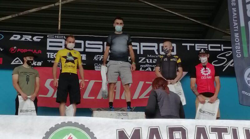 Weekend di successi per la Lissone MTB: secondo e terzo posto per Finazzi e Villa alla D'Annunzio Bike. Rizzi e Rovera primo e secondo posto alla GF Musine. Medaglia d'argento per Tonello alla GF Mangia e Bevi.